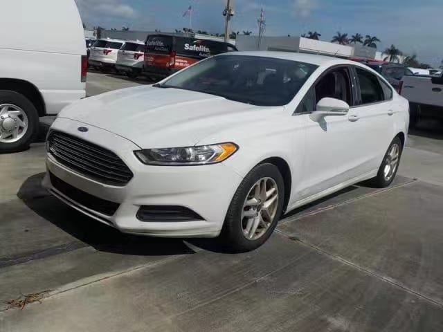二手车澳门 2014 Ford Fusion SE,合金轮毂,年份:2014,里程:38k