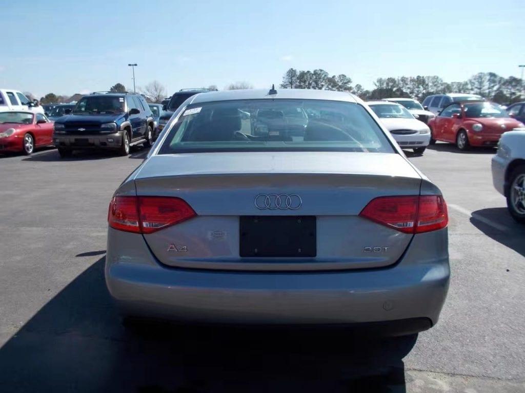 买车评估 2011 Audi A4,里程不高:6w,价格:13xxx。