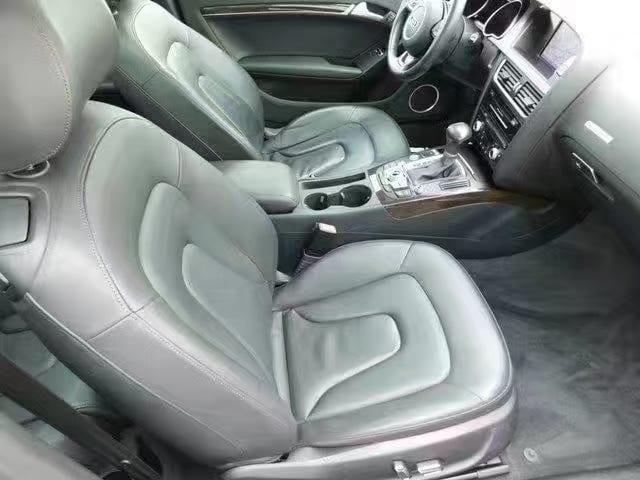 买车牌多少钱 2013奥迪A5 Premium Plus,高配四驱豪华小跑!