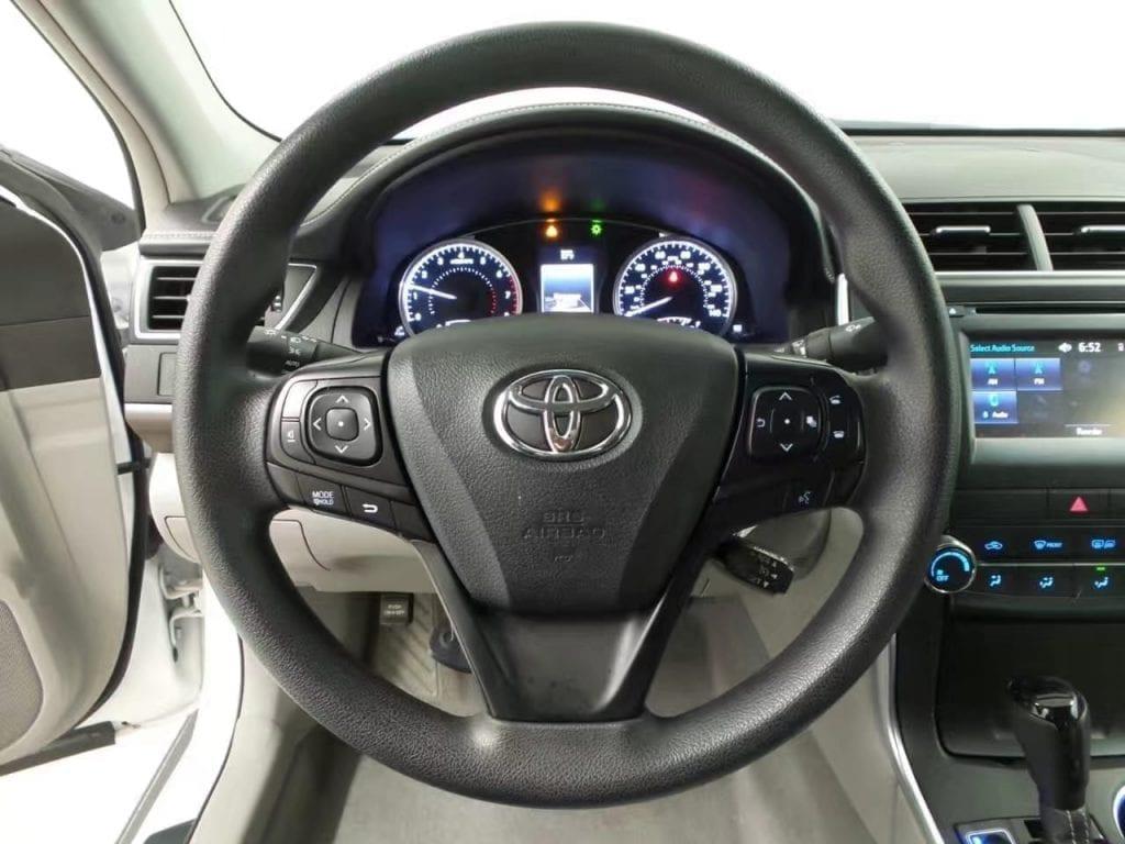 买车容易养车难 2015 Toyota Camry LE,里程:29k,价格劲爆:15xxx