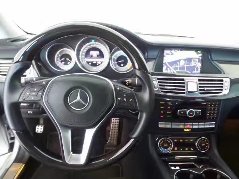 美国买车须知 2013奔驰CLS550,轿跑中的典范。迈数41k