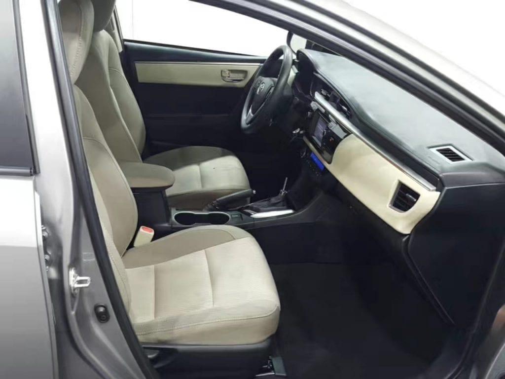 二手车报价 2014 Toyota corolla 跑了5w4,非常年轻的有活力有朝气