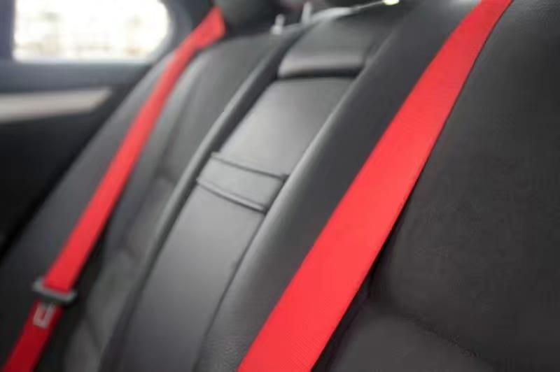 买车时间 内饰外观无敌帅的2013 Mercedes C300 AMG 限量版,