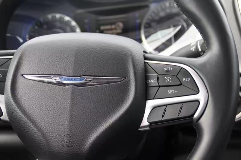 美国二手车四大神车 二手 NV Nevada内华达州 斯帕克斯 sparks Chrysler 克莱斯勒