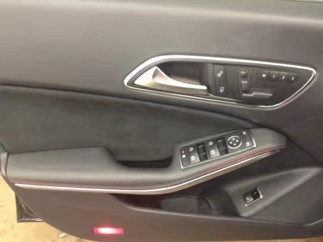 二手车估价 2014 CLA45 AMG ,真实的推背感,大家可以搜