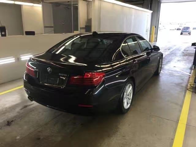 美国二手车分期付款 2014 BMW 528IX,带parking distance control包
