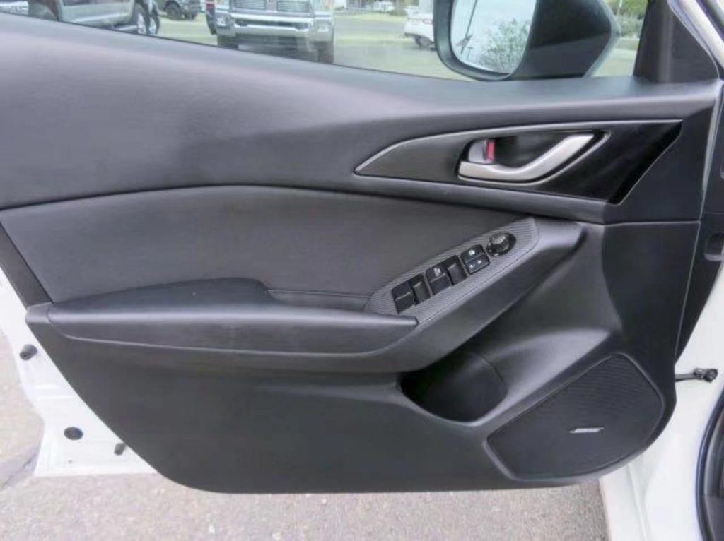美国二手车四大神车 2015 Mazda3 i-touring,2015款内饰外观redesigned