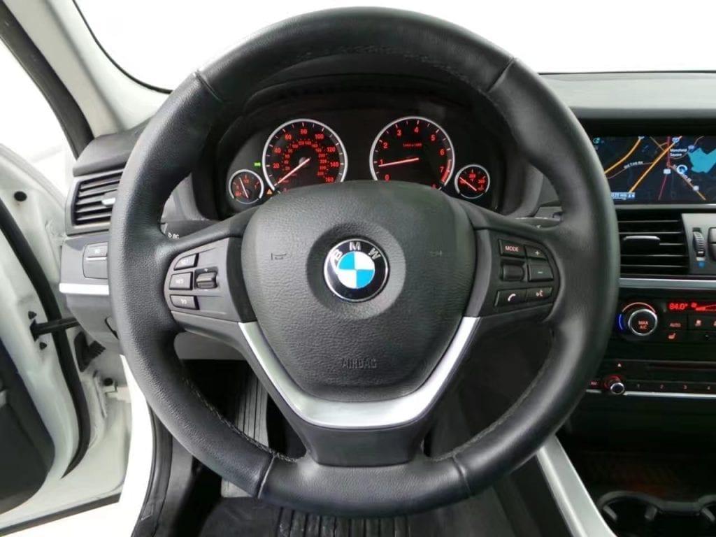二手车带回国 2014 BMW X3,里程:28k,价格:办完不到3w。