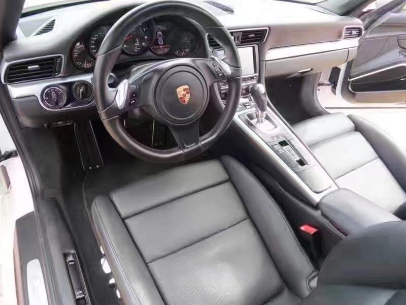 美国 二手车 里程 2013保时捷911 Carrera,迈数21k!