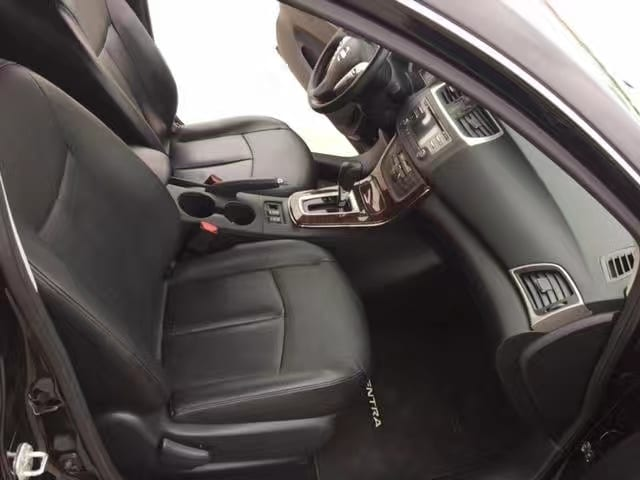 美国买车提前还款 2013 NISSAN Sentra SL,多功能方向盘,aux。
