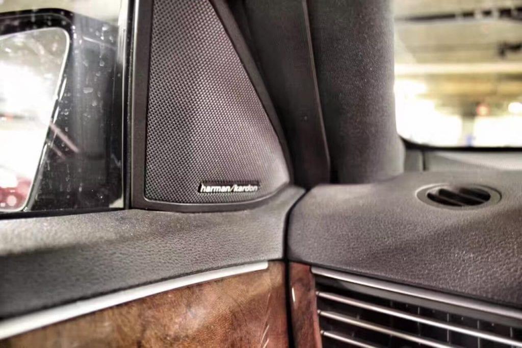 买车时间 2010 奔驰E350 高配 AMG套件 导航 一打头