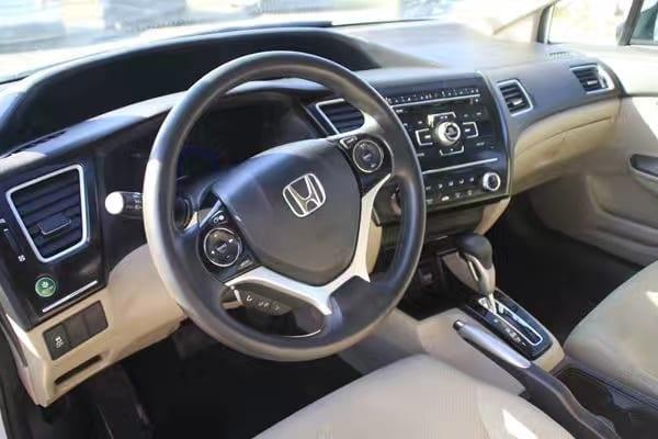 美国二手车经验 2013 Honda Civic,配置带倒车影像,a不容易坏