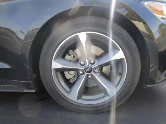 美国买车回加拿大 2015 Ford Mustang,里程:19k,预算2w不到没关系
