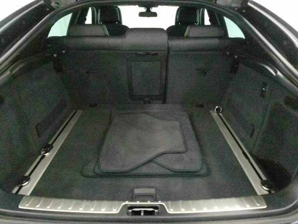 二手车回收 2013 Bmw x6 50i,里程53k,价格3,国内150w的车