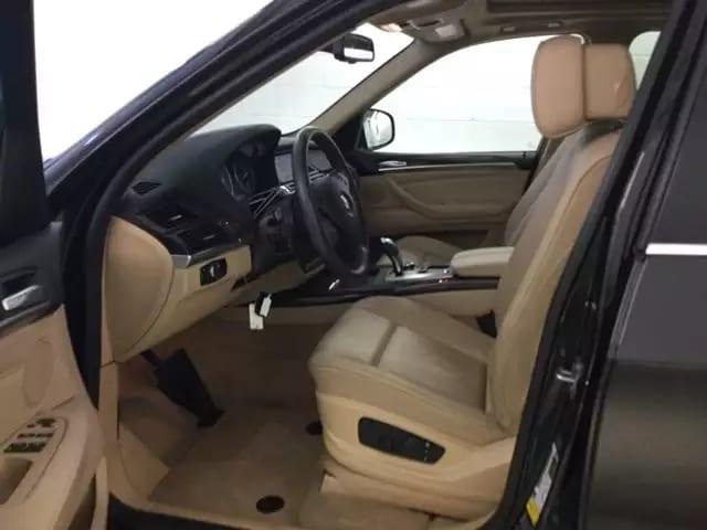 买车上会 2013 BMW X5,配置:全景天窗,氙气大灯,倒车影像,