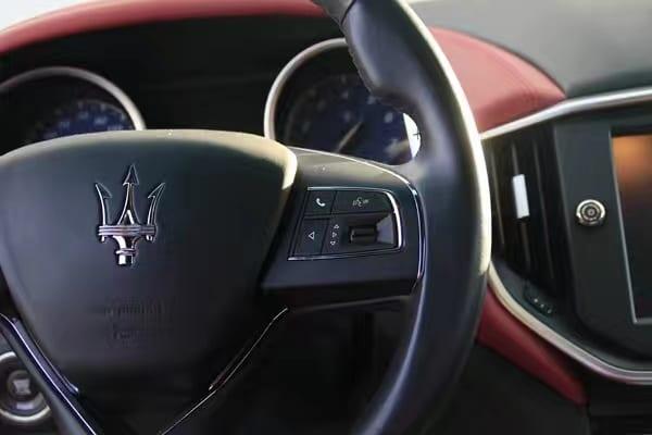 买车免头期款 2014 Maserati Ghibli SQ4,订制金属银 红内饰,