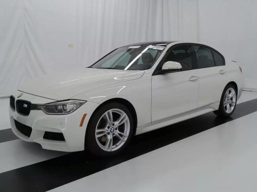 二手车开多少公里 2013 BMW 328i drive Msports。