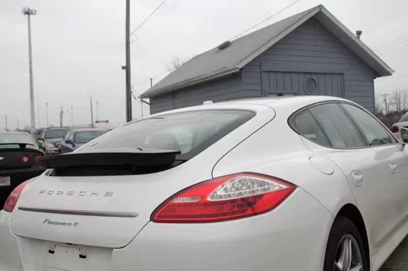 买车可以送什么 2013 保时捷 Panamera 4 白金版 保时捷一代经典车型