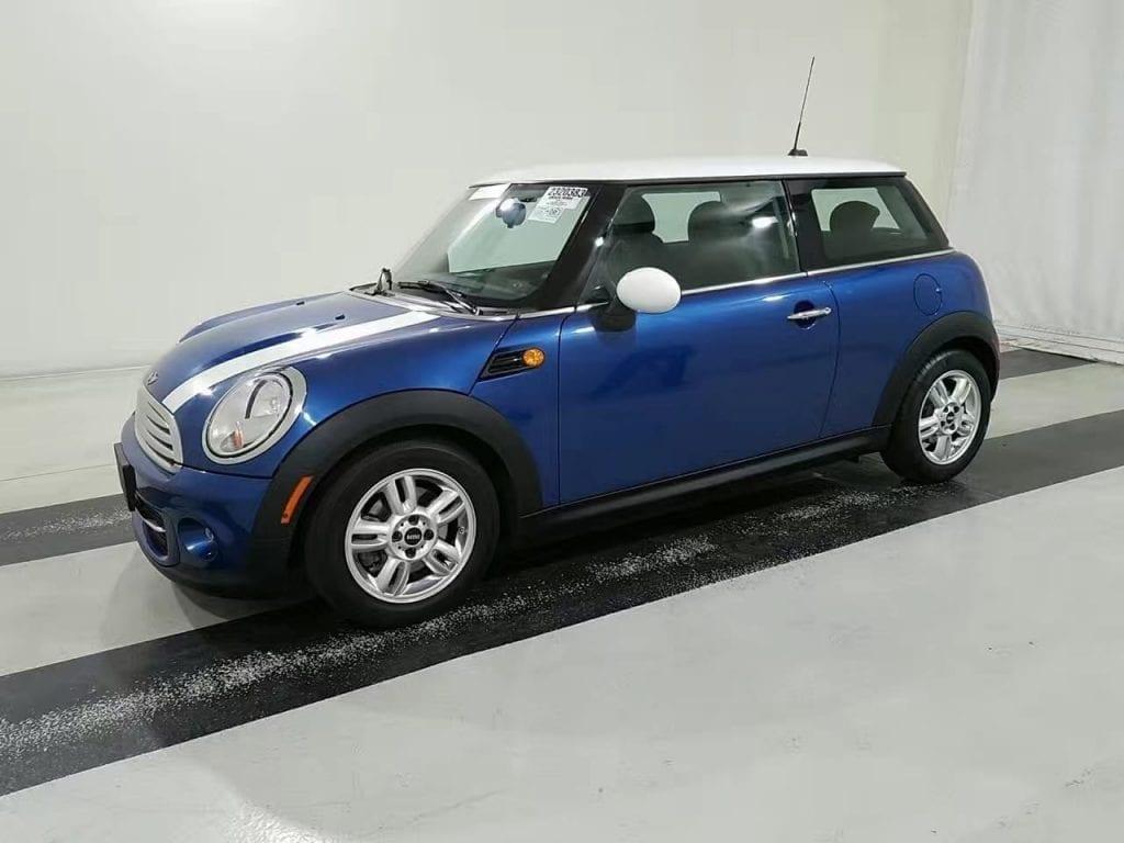 买车上会 意思 2013 Mini Cooper, 稀有电光蓝 白色跑车线,极低里程23xxx,价格1w出头,想拥有要尽快!