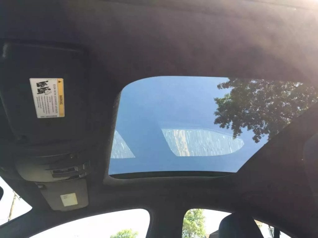 美国二手车可以退吗 2014 CLA250 amg套件还有没有要的啦?里程3w5