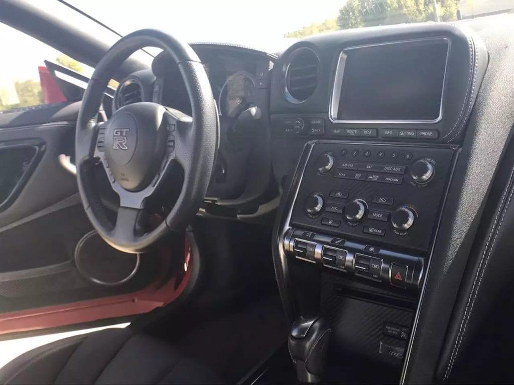 美国买车refinance  2015 GTR 闪电大灯 里程1w ,价格7w 买车附