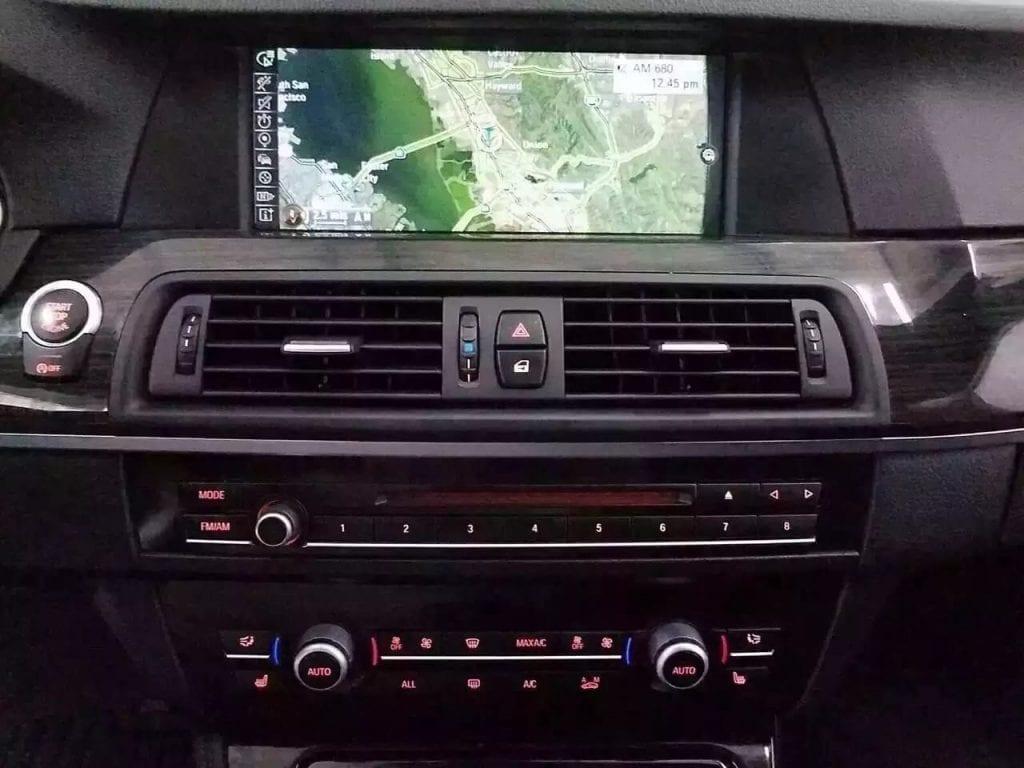 美国二手车app 2013宝马535i M Sport!嫌四系太小,六缸涡轮增压发动机