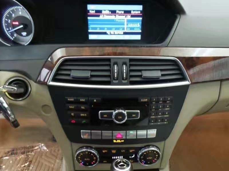 买车时机2018 2013奔驰C300 4Matic,迈数5w整,真皮座椅 天窗 蓝牙 运动外观