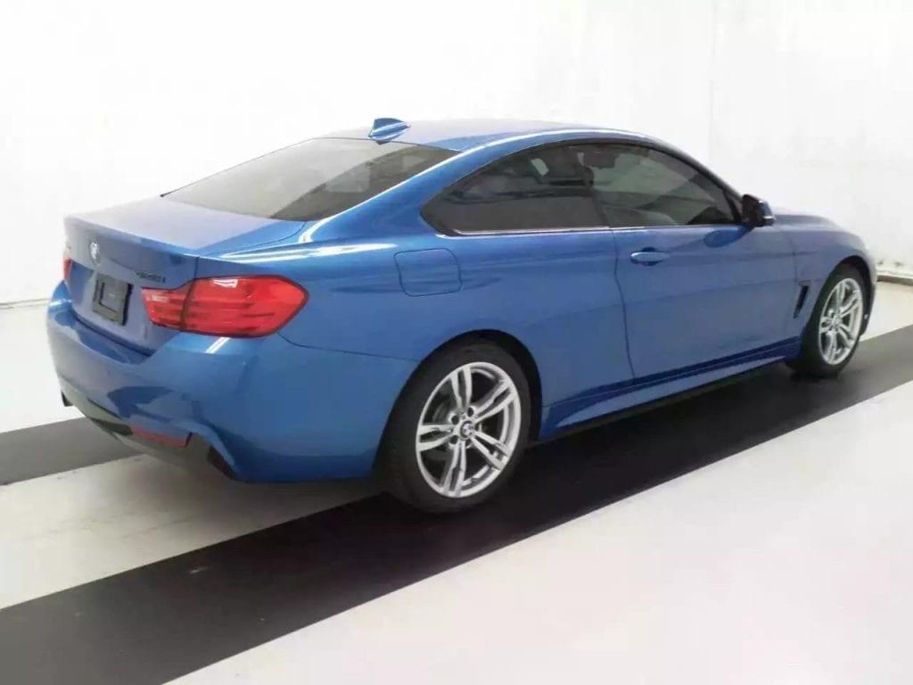 先买车 先买房 2014 428ixdrive 四驱版本,电光闪电蓝,M package,倒影