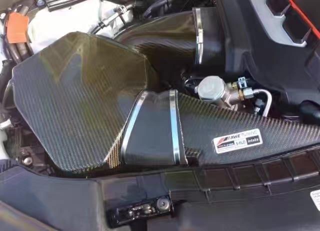 买车如何付款 2014奥迪S7,迈数3w多,升级低音炮音响 AWE排气和Airbox