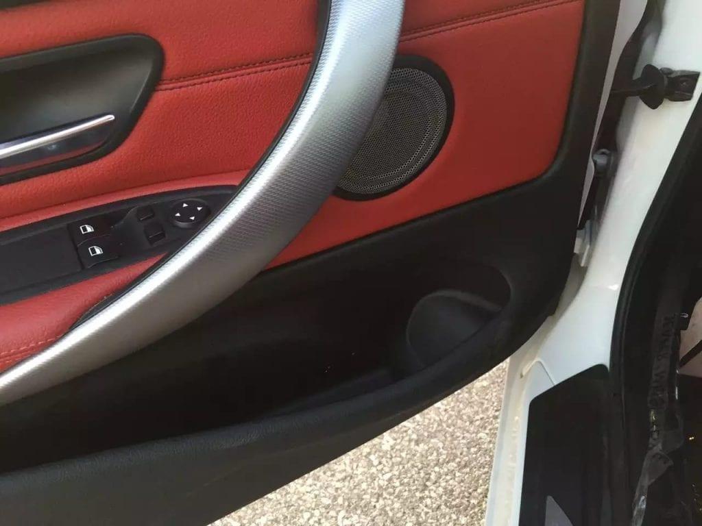 二手车出售 2014 BMW 白外红内 435i Msports,价格不到4w。