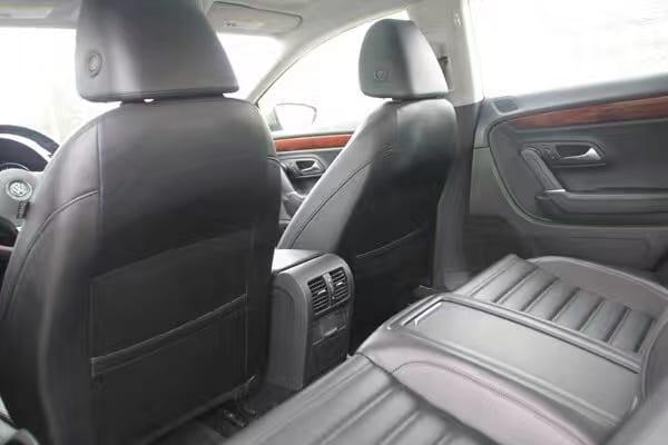 二手车意大利 2011 大众 CC luxury版本 荣获德国Red spot设计大奖