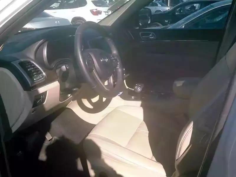先买车在考驾照 2015吉普大切诺基Limited,3.6 V6发动机