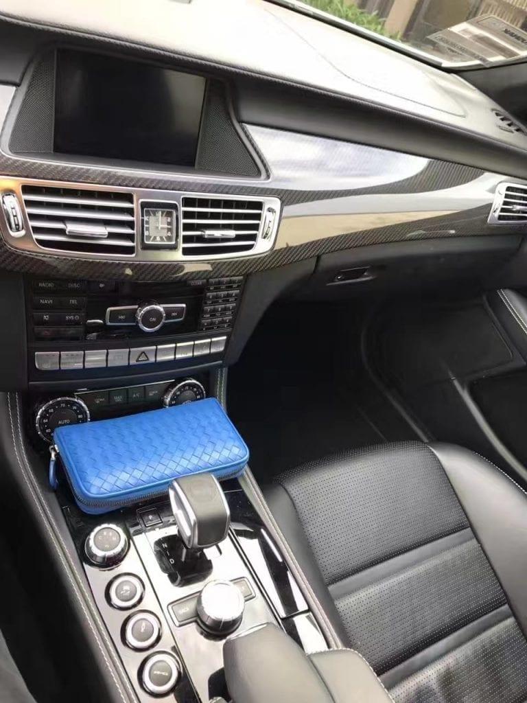 2014 奔驰 CLS63 AMGS-model 4MATIC 外珍珠白内黑 跑了1w8 顶配战斗机  导航 倒影 前后雷达 360环绕影像 无钥匙启动 进入 座椅
