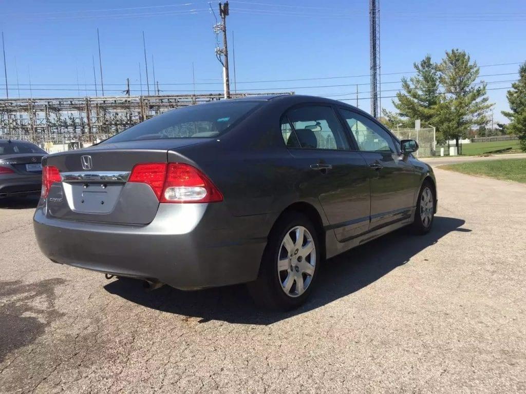 美国二手车税 2009 Honda Civic,价格仅8xxx。三月保修,车况良好
