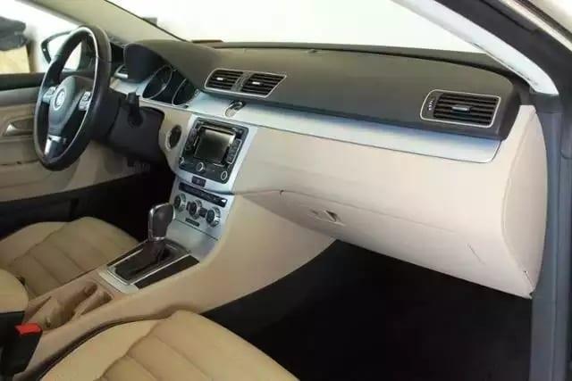 买车折扣 2014大众CC,高配 座椅加热 导航倒影~里程仅仅16k!