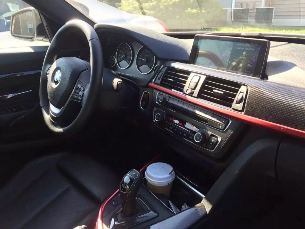 美国买车要驾照吗 3系GT,兼备了帅气与实用,配置齐全:导航,影像