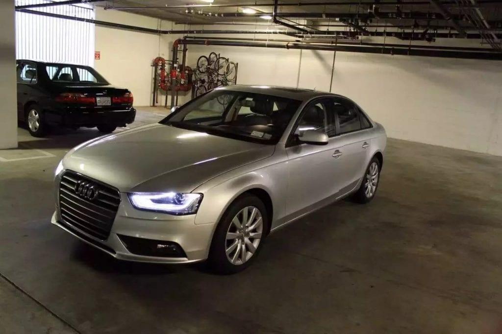 美国买车运回台湾ptt 2013 Audi A4 保修到2017年年尾 四驱 倒车雷达