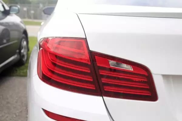 二手车etag 仅供嘉宾鉴赏:2014 BMW M5,纯M,白外红内。