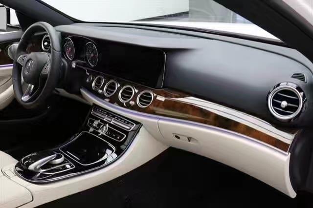 买车 便宜 2017奔驰E300,新车车况,迈数1000,配置齐全高大上