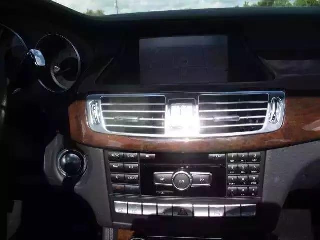 美国二手车上牌照 2012奔驰CLS550,大豪车 小价钱,配置齐全