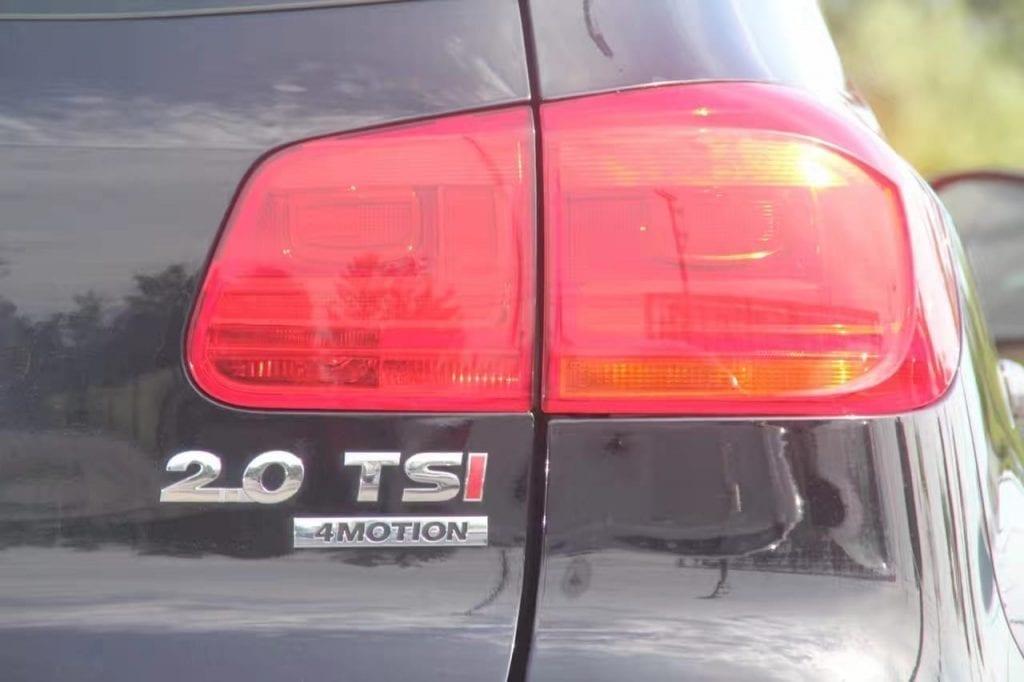 不好意又刷屏了,最近好deal太多。2013 Tiguan 4motion(四驱),里程37k,价格15xxx,免费升级大屏幕,好机会,下手请快