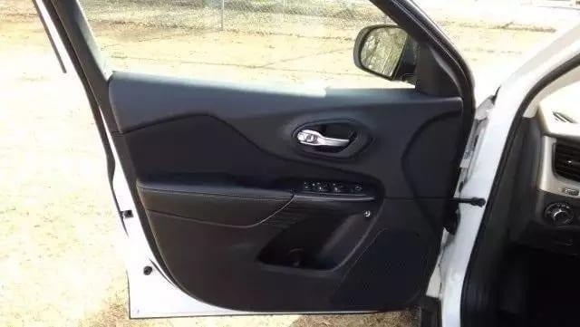 二手车版 2014 自由光 sports 4x4,里程:42k,内外干净