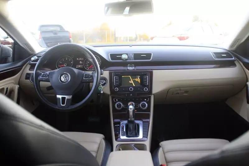 买车位收租 2013 Volkswagen CC sports plus ,运动属性,动力靠谱,