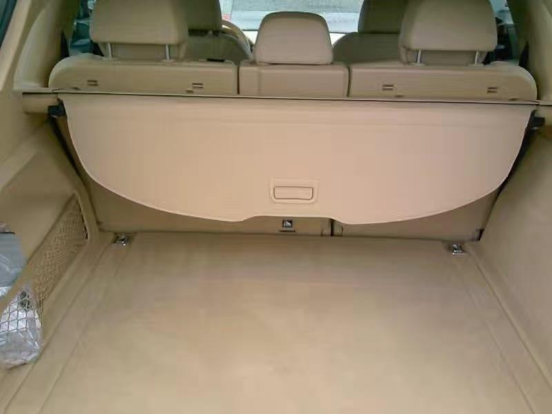 2014 保时捷-Cayenne 白金版,大尺寸SUV,同类车型中的明星。8速tiptronic手自一体变速箱,起步平稳,高转速一样省油。