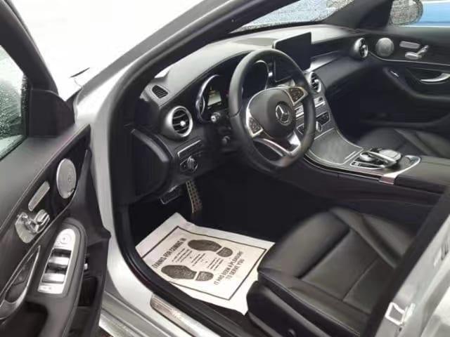 买车送三宝是什么 2015 Mercedes C300 4matic,梅赛德斯中的战斗机