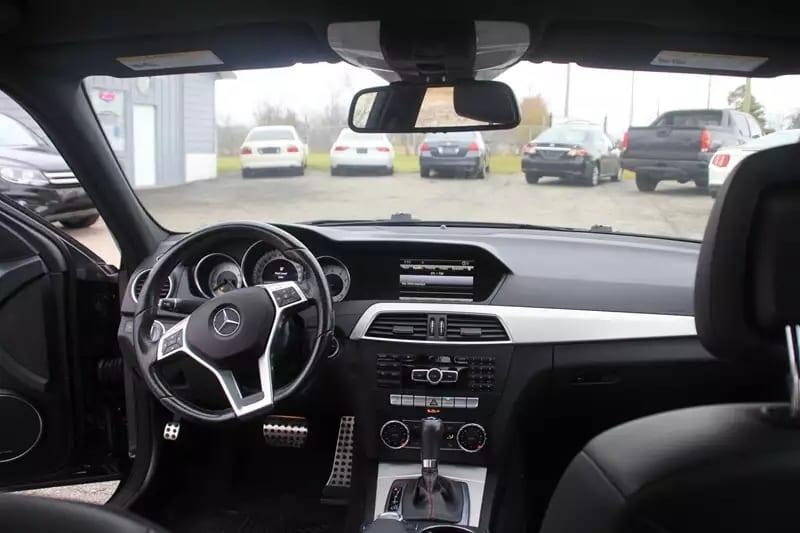 二手车交易合同 2013 Mercedes C300 4matic AMG 全带,