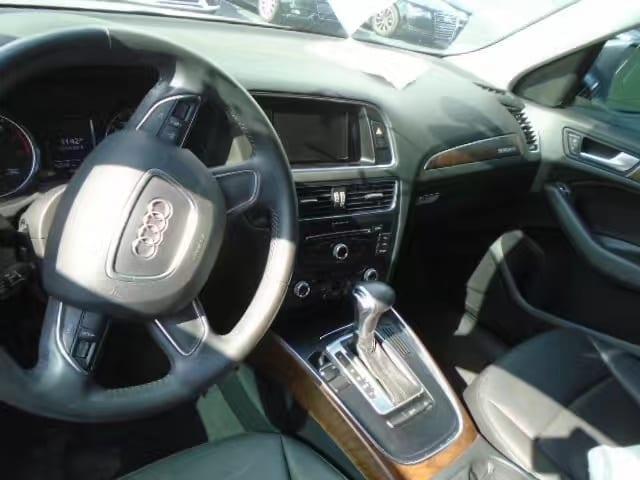 买车票 英文 2013 Audi Q5,里程:4w,配置:氙气大灯,aux音乐,