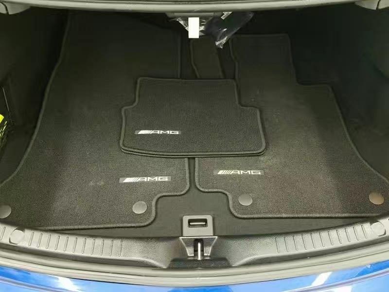 二手车行业 2017 C300 coupe 4matic。双门新C系,