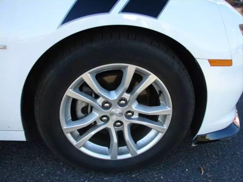 买车 信用卡 2015 Camaro ls,优质车况,外形帅气,合金轮毂 尾翼