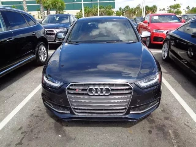 二手车开多少公里 2013 Audi S4 双排双孔排气,迷人音浪 里程:31k